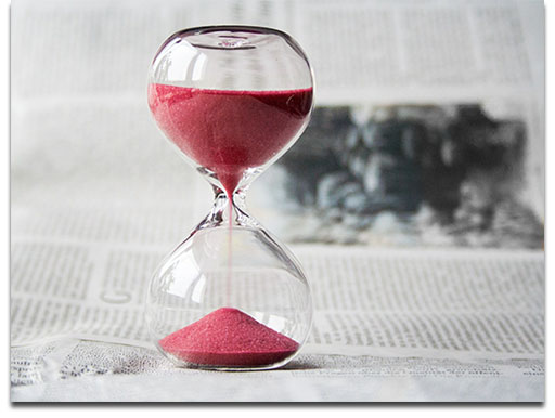 Time passing (Hourglass)